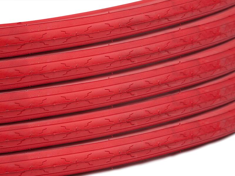 Coppia copertoni rossi da 25' con camera d'aria