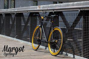 Bici scatto fisso consegna Reggio Calabria. Foto da clienti.
