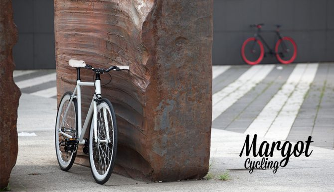 SWAN FLUO fixed bike. Fino a 30 giorni per il recesso