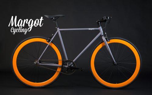 Bici scatto fisso cerchi arancio