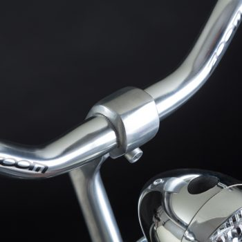 City bike uomo: attacco manubrio