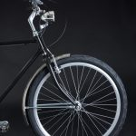 City bike uomo: parte anteriore telaio e ruota